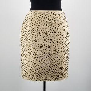 Lafayette 148 skirt studded size 6